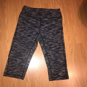 Zella black and white Capri work out pants.